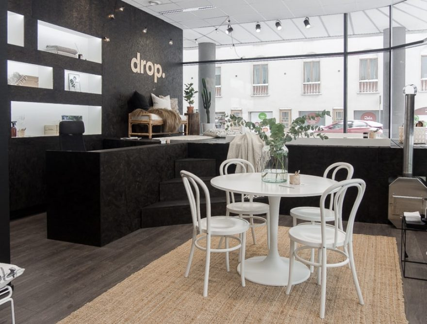 Drop showroom